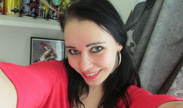 Amateur Teen Girl Anna_zart möchte vom Frauenarzt gefickt werden