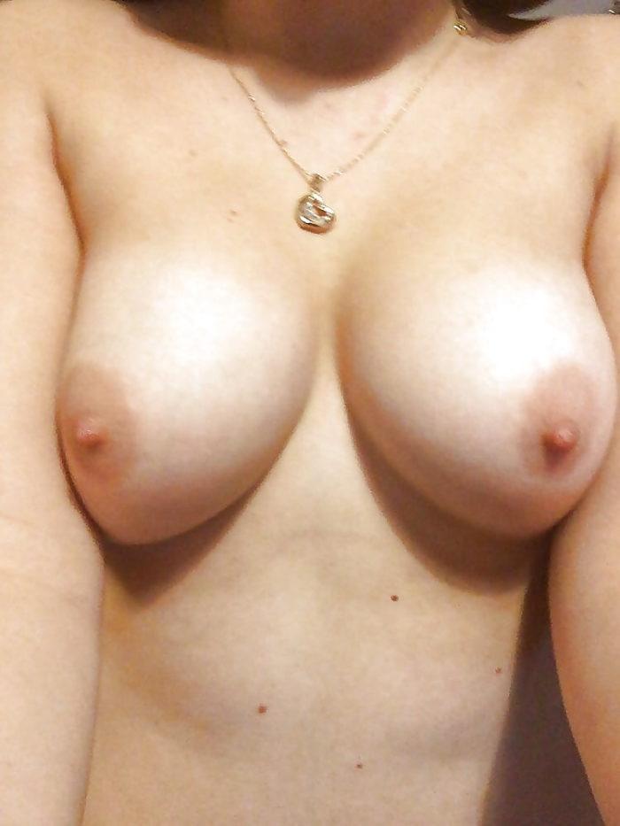 _rosalia_ (19) aus 48157 Münster Handorf sucht echte Sextreffen und Affären