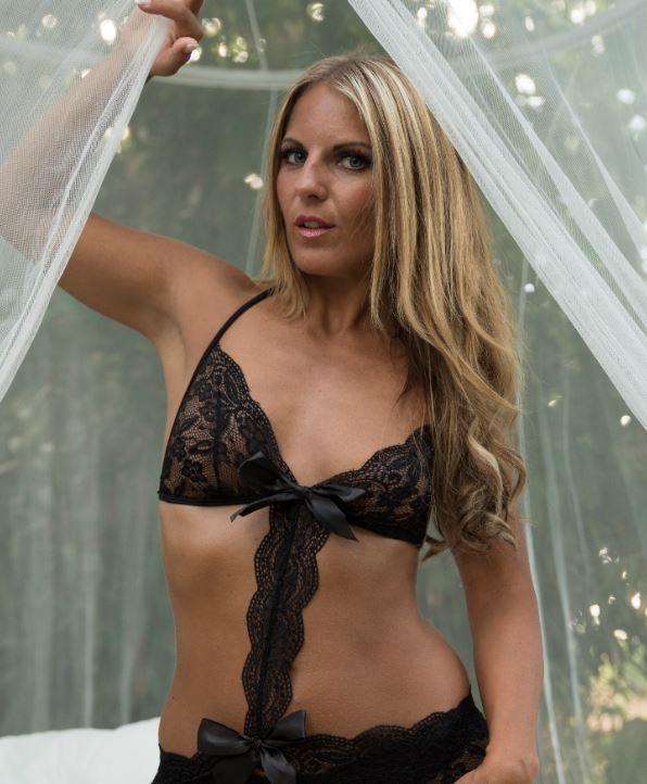 JuliettaSanchez auf Amateurcommunity mit ihren privaten Nacktbildern und Sexfilmen