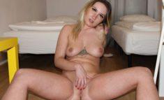 Amateur Teensex Pornos mit Love-Lola3